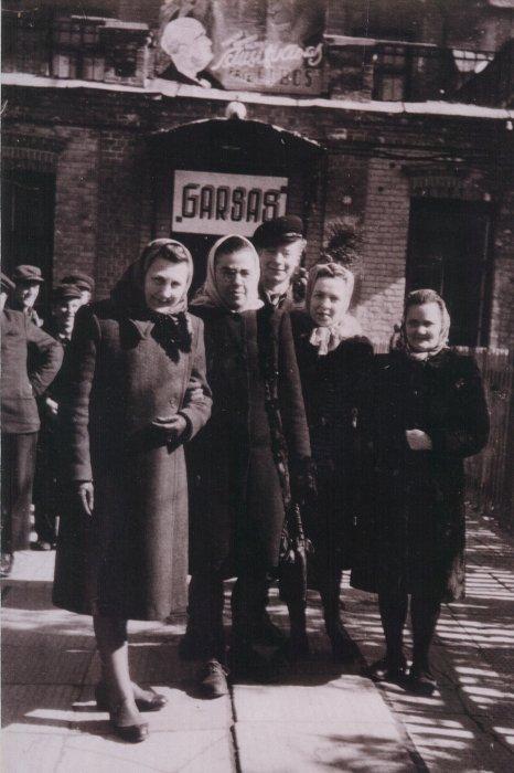 1939-1964_m.daugiausia_buvo_rodomi_vokietijos_ir_kitų_vakarų_europos_valstybių_bei_jav_kino_studijų_filmai._dėl_griežtos_cenzūros_filmai_kartais_sutrumpėd